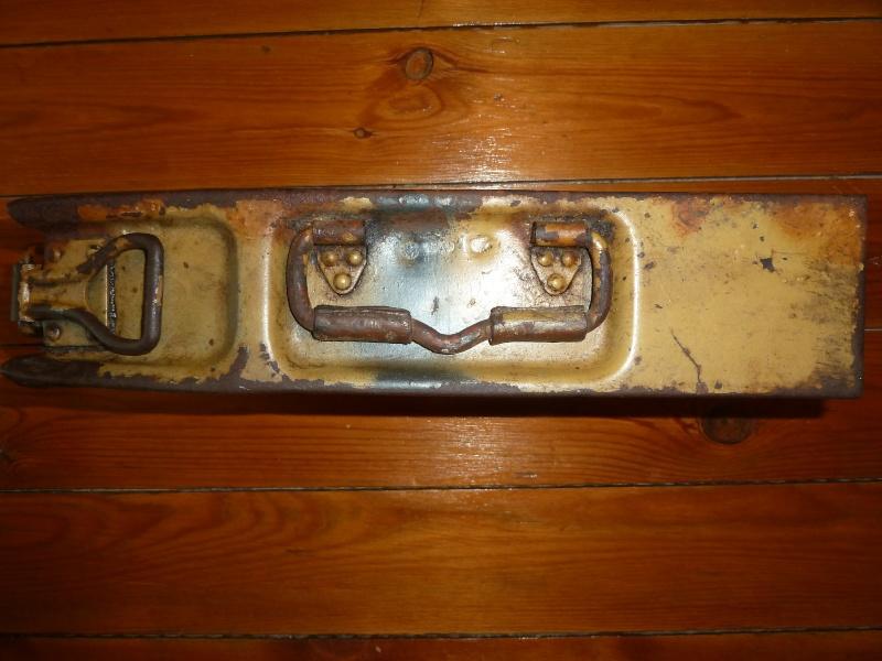 Caisse MG médicale P1030711