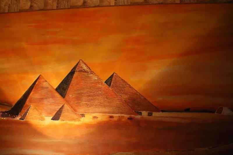 TEMPS pourri, j'ai peins les pyramides 02212