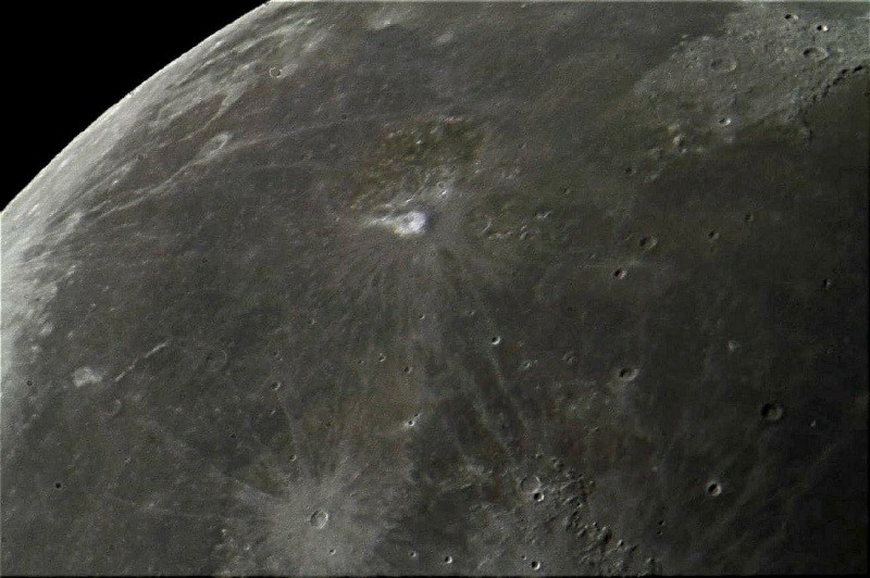 tres mauvaise photo phare de la lune Phare_13