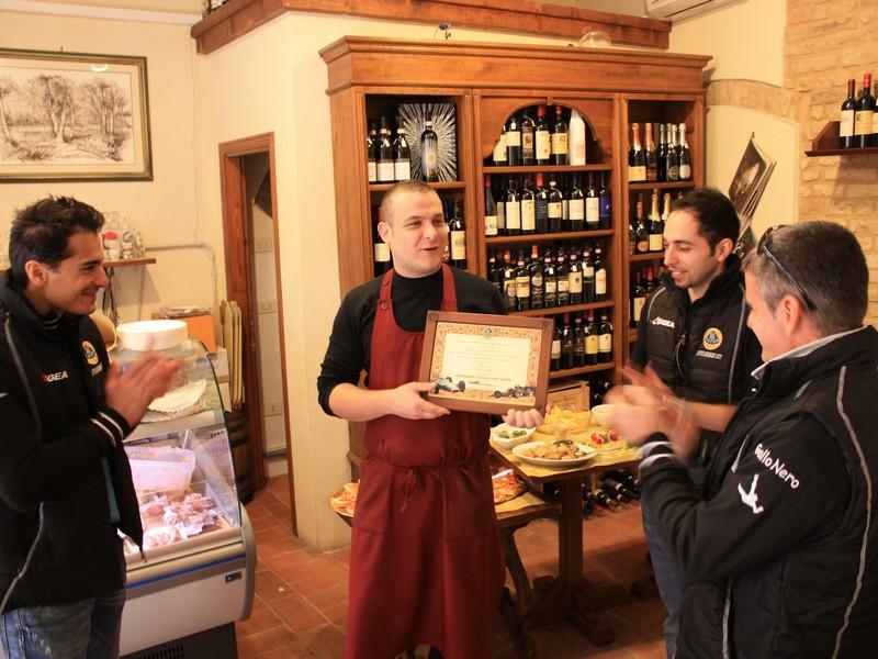 Apericena/Incontro con il produttore S.Gimignano Sangi11