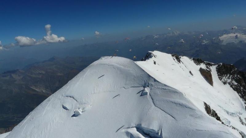 Le Vol libre dans le massif du Mont Blanc - Page 2 5465911
