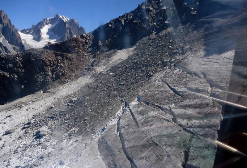Eboulements et autres glissements dans la vallée - Page 3 Dsc00523
