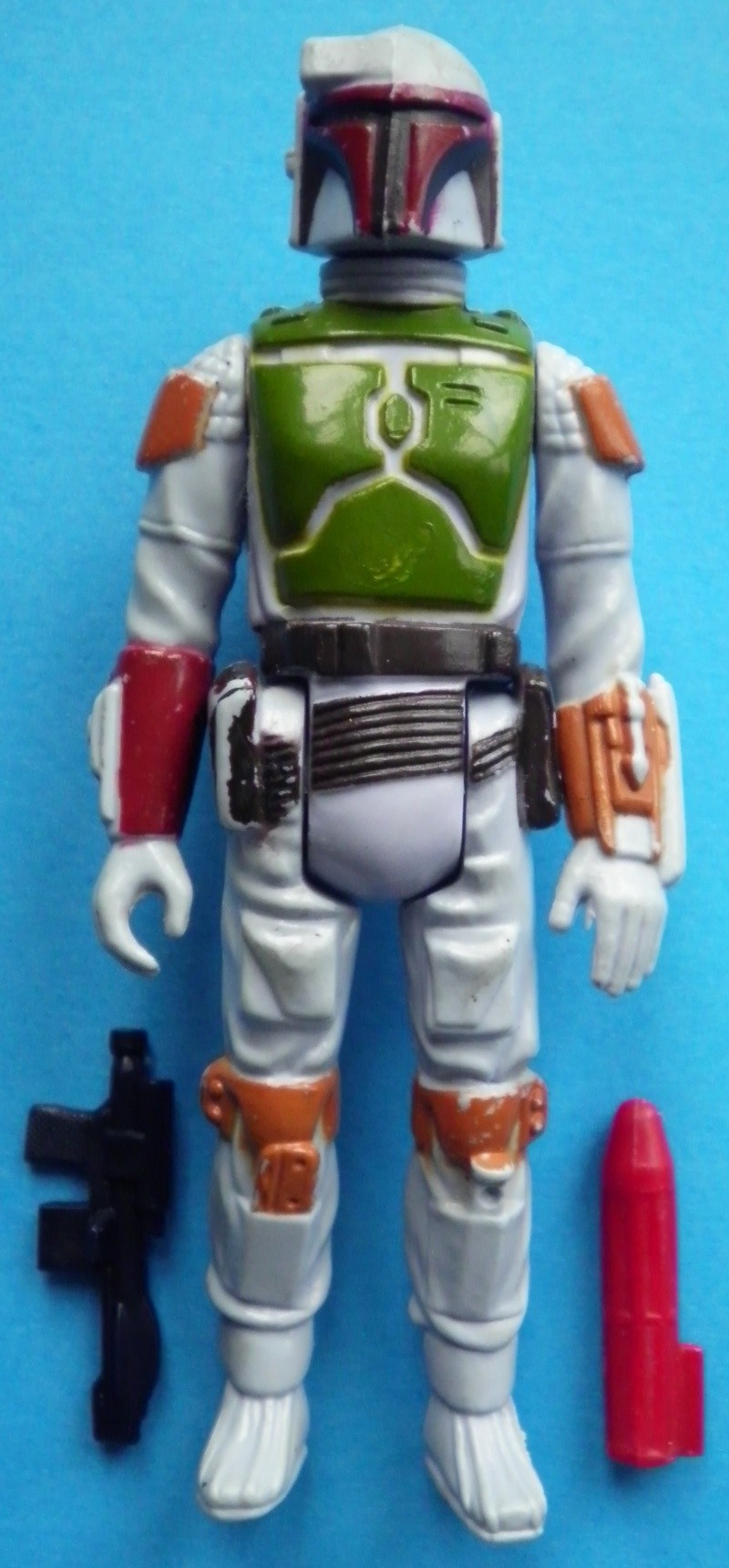 FAKE!!!!! Tri-Logo Fett Help? (Painted Knee / Dart / Brown Belt Combo) 7a_bob10