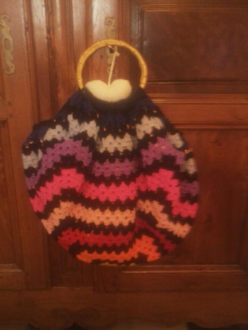 sac granny au crochet  - Page 3 Photo090