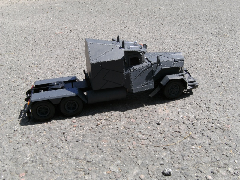 The Grey Wulf (Kennworth W900 von Revell) in 1:25 Pict0013