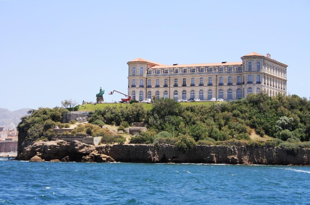 [Ports] Marseille aujourd'hui - Les îles du Frioul. - Page 4 06_07_22