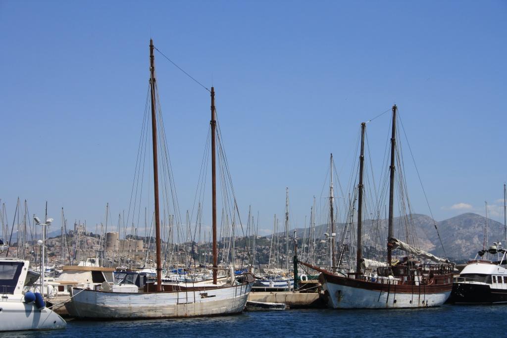 [Ports] Marseille aujourd'hui - Les îles du Frioul. - Page 4 06_07_24