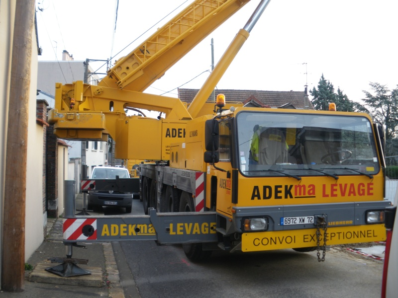 Les grues de ADEKMA Levage (France) 14310