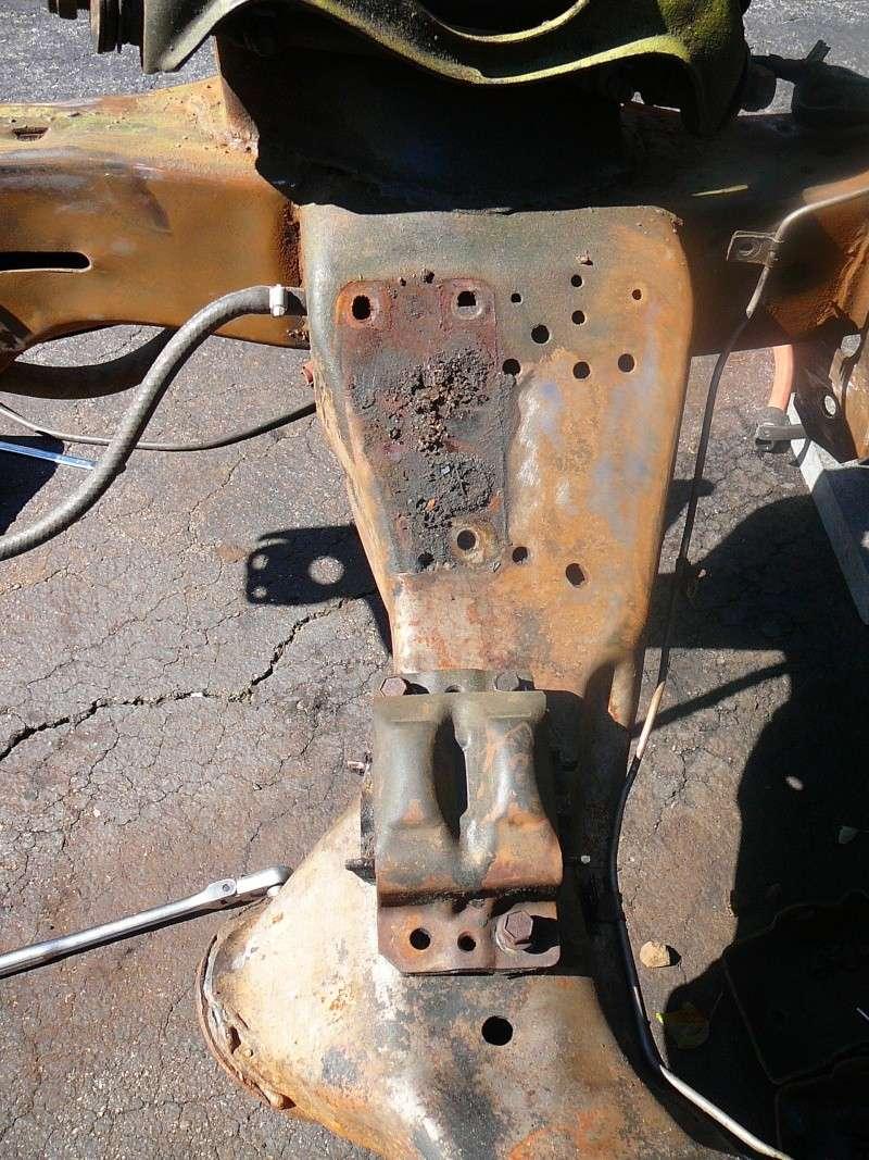 Engine Mount help P1040517