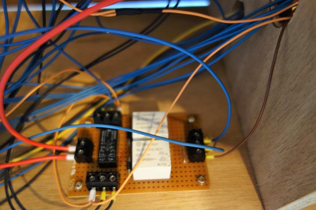 Projet de réseau pour vitrine 1 - Page 30 Dsc01011