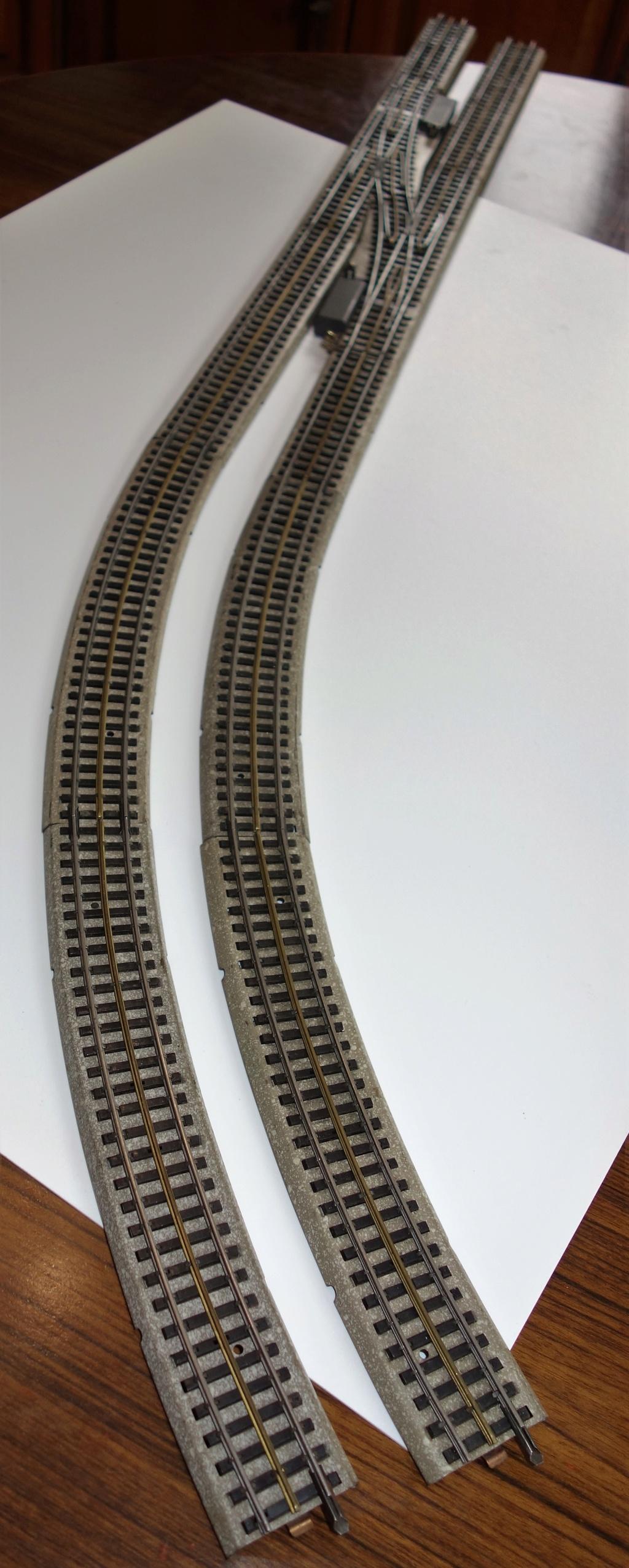 Voies Märklin anciennes et voie VB Trois rails - Page 3 Dsc01529