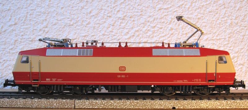 Voies Märklin anciennes et voie VB Trois rails - Page 18 Img_0026