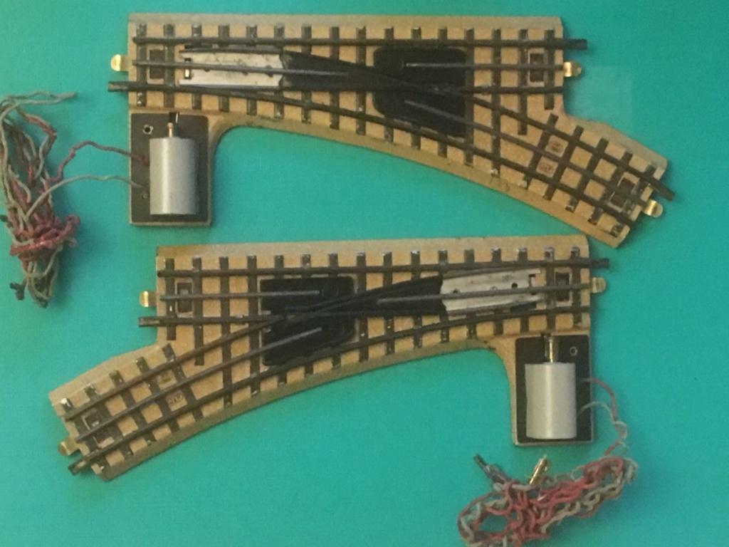 Voies Märklin anciennes et voie VB Trois rails - Page 3 S-l16020