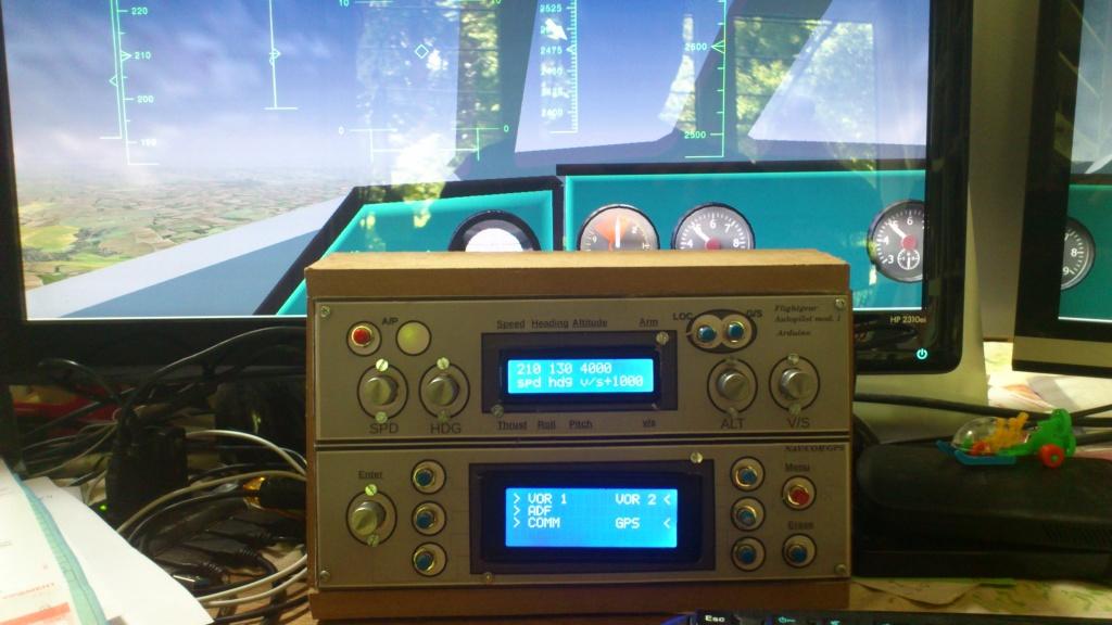 Cockpit virtuel  :  Quelle est votre configuration ? - Page 2 2013-014