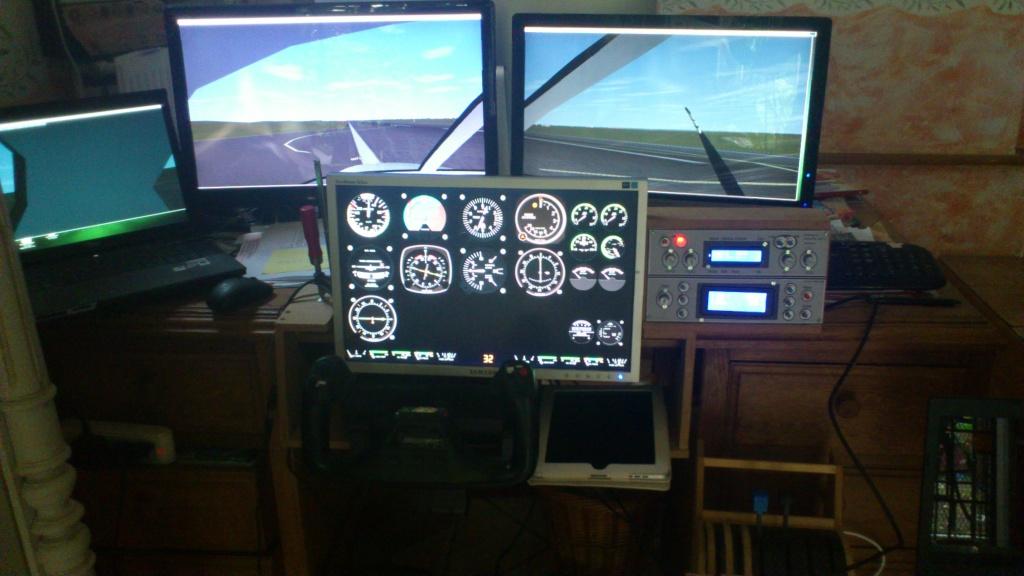 Cockpit virtuel  :  Quelle est votre configuration ? - Page 2 2013-016