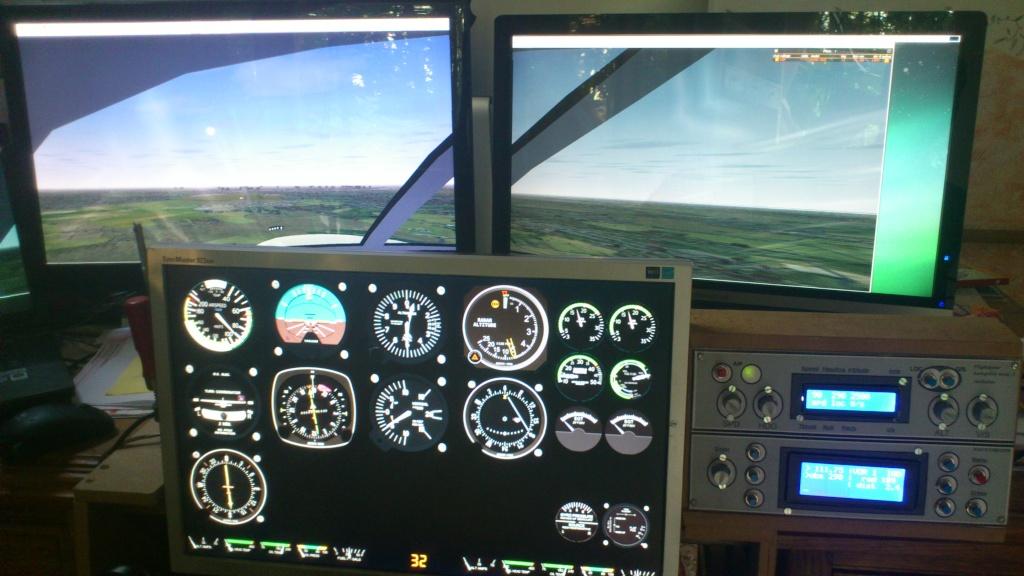 Cockpit virtuel  :  Quelle est votre configuration ? - Page 2 2013-018