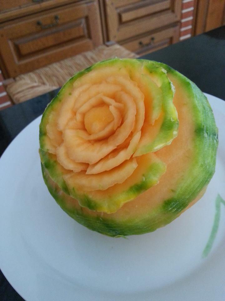sculpture sur fruit et legume 53597110