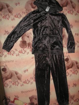 Garde robe d ombeline en 6-8 ans P9301434