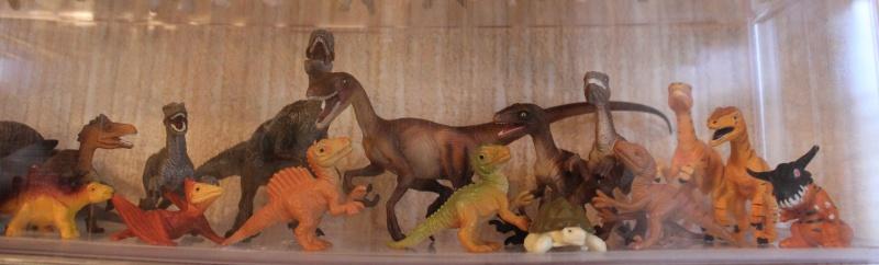 Mojo Fun Velociraptors- 2012 and 2013 comparison Img_9215