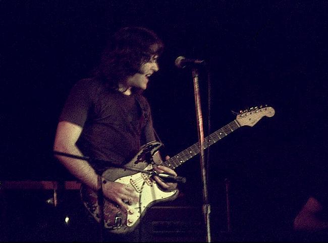 Photo de UnderTheSameMoon2 - Akron Civic Auditorium - Akron, Ohio (USA) - 4 Mai 1973 Rory_o10