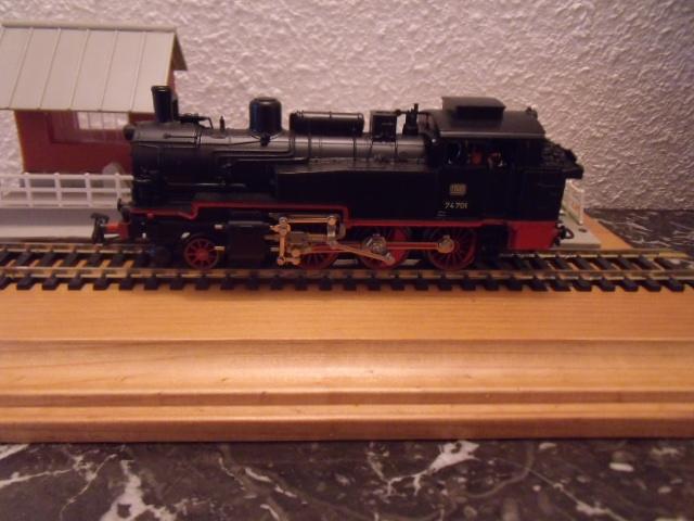BR 74 ROUES ROUGE Dscf4957