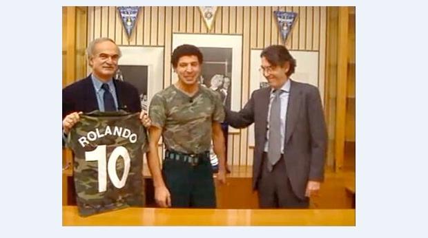 La seconda maglia del Napoli svela il prossimo acquisto.. Image13