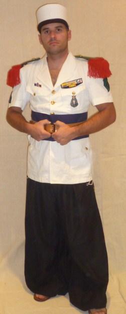 Caporal de la 4éme Compagnie Saharienne Portée de la Légion, en tenue de parade à Colomb-Béchar (1956) P1030224