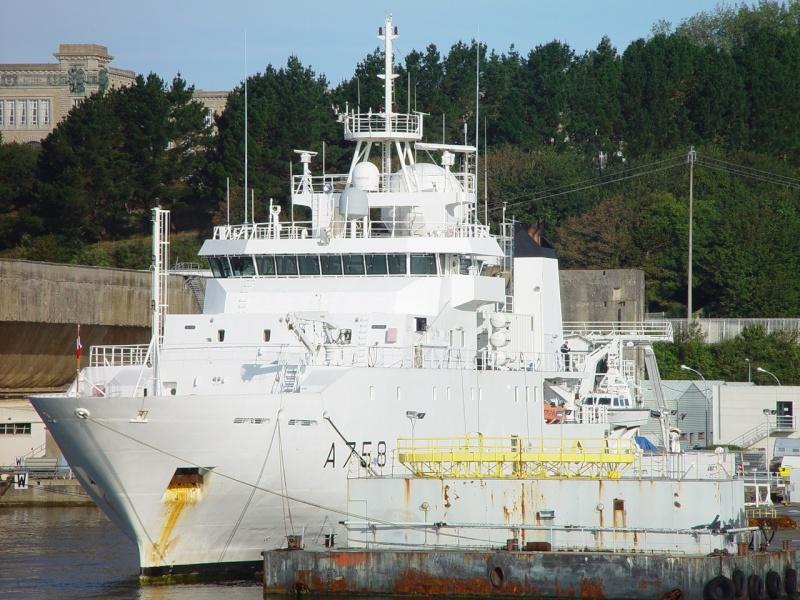 [Les ports militaires de métropole] Port de Brest - TOME 1 - Page 38 Rll_et12