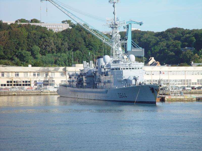 [Les ports militaires de métropole] Port de Brest - TOME 1 - Page 38 Rll_et14