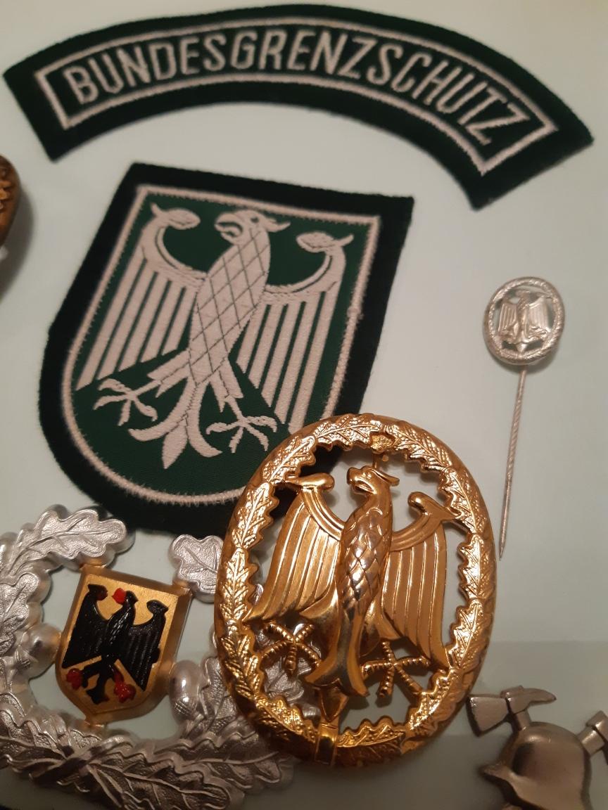 Gros lot Bundeswehr (Général...)rajout... Resiz534