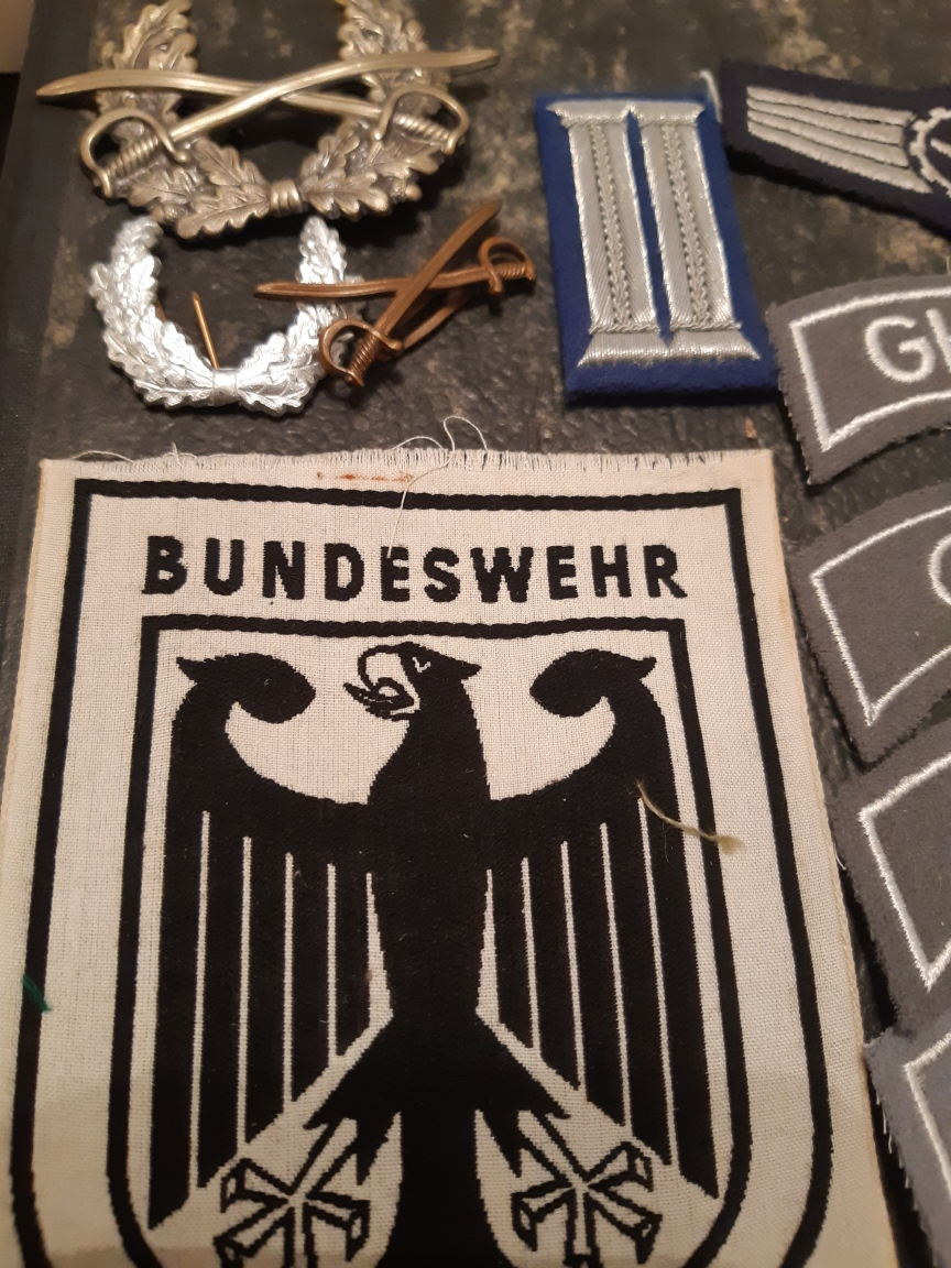 Gros lot Bundeswehr (Général...)rajout... Resiz536