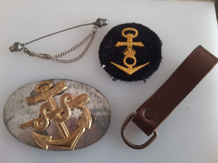 Divers insignes Allemand et curiosités  Resiz618