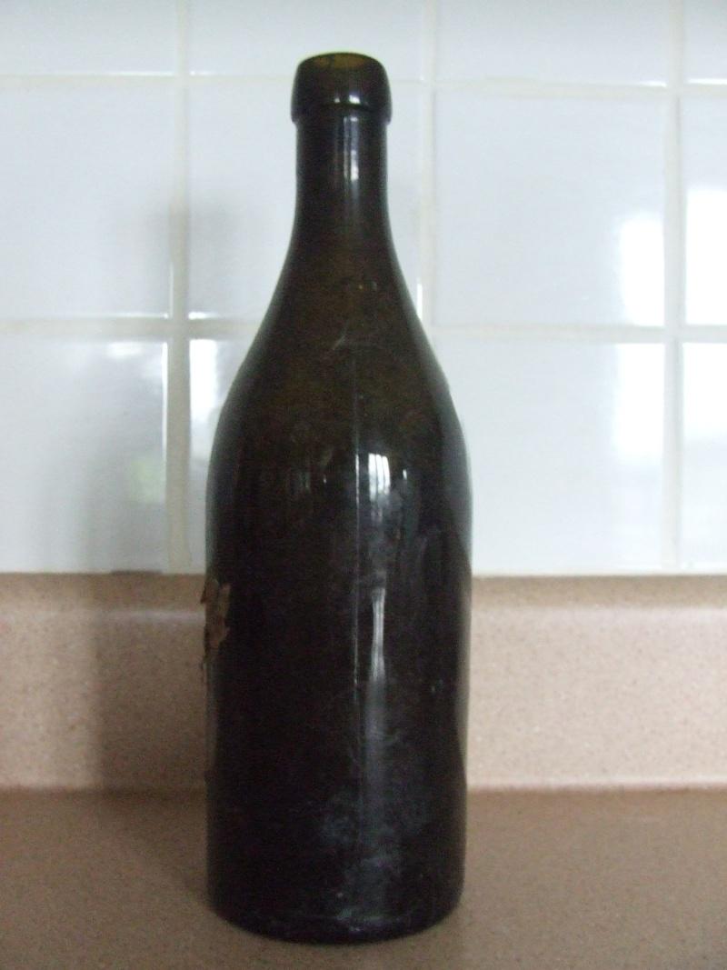 Bouteille de bière? Dscf5734