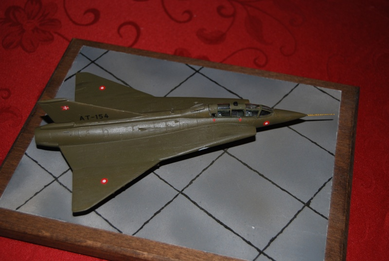 [VINTAGE 2012] TF-35 Draken biplace Heller  Déco danoise Dsc_0216