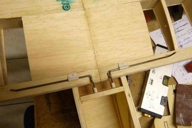 construction de mon premier avion, un Bizuth - Page 3 P1100212