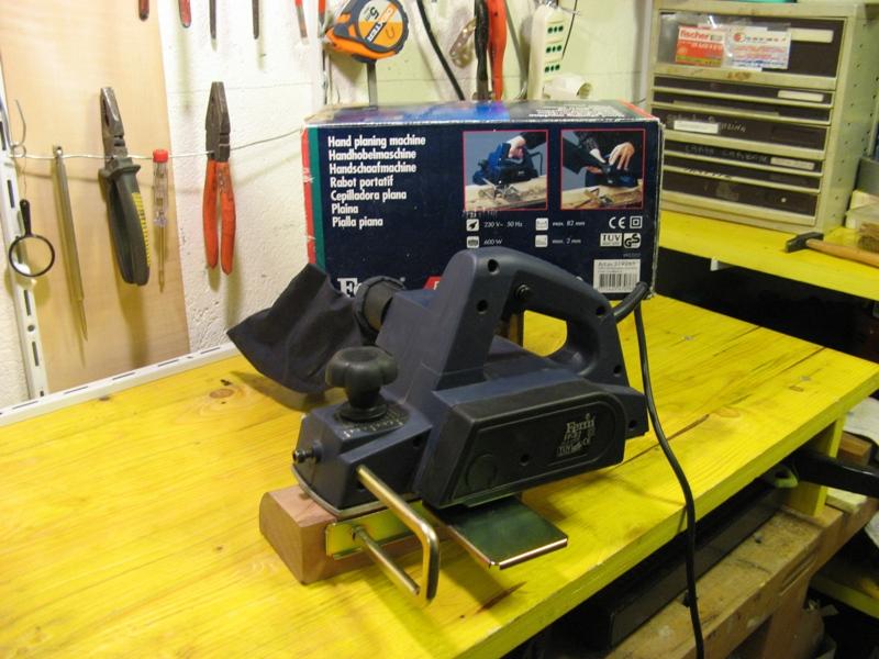 Il mio laboratorio ... ( Cantina cantiere navale + Box in appoggio ) Img_0921