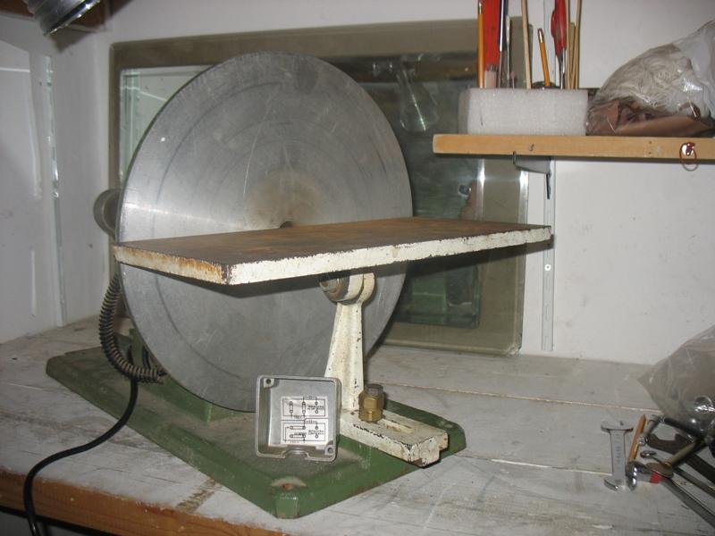 Il mio laboratorio ... ( Cantina cantiere navale + Box in appoggio ) Img_2613