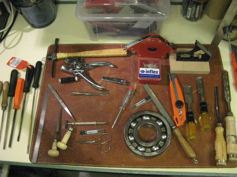 Il mio laboratorio ... ( Cantina cantiere navale + Box in appoggio ) Img_4624