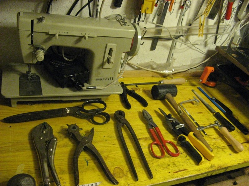 Il mio laboratorio ... ( Cantina cantiere navale + Box in appoggio ) Img_4626