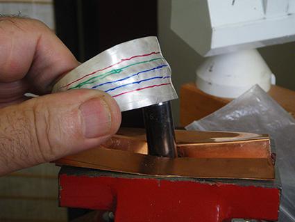 Faire un bracelet convexe - Page 2 Premie10