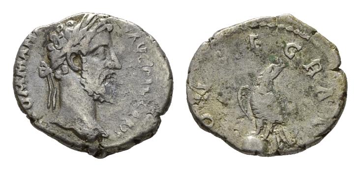 Les monnaies de Consécration de Barzus - Page 8 Divus_10