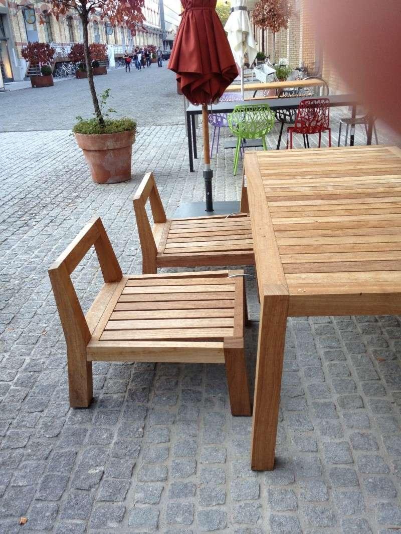 Table avec pieds en biais Img_1910