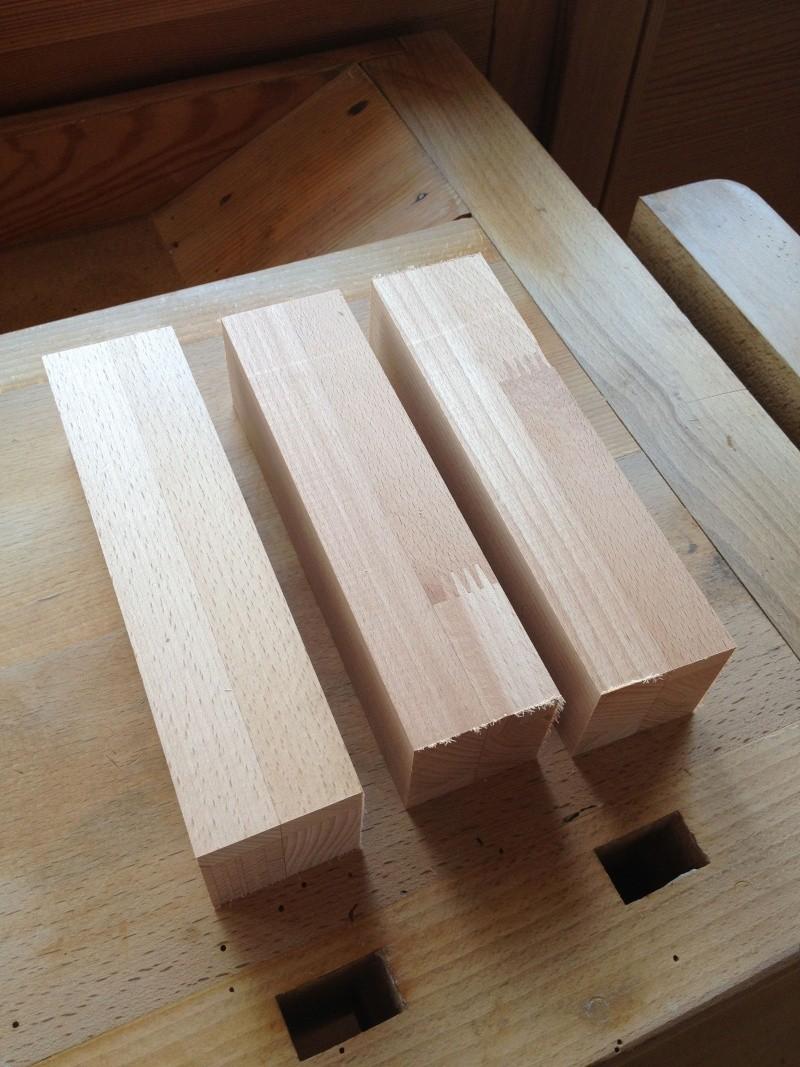 Table avec pieds en biais Img_2010