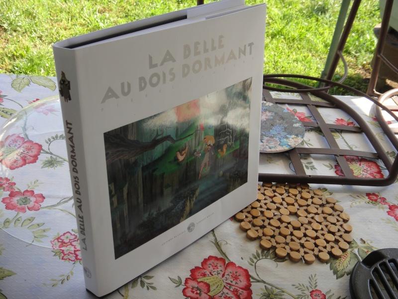 La Belle au Bois Dormant de Pierre Lambert [Editions de l'Ecole Georges Méliès - 2013] Dsc03819