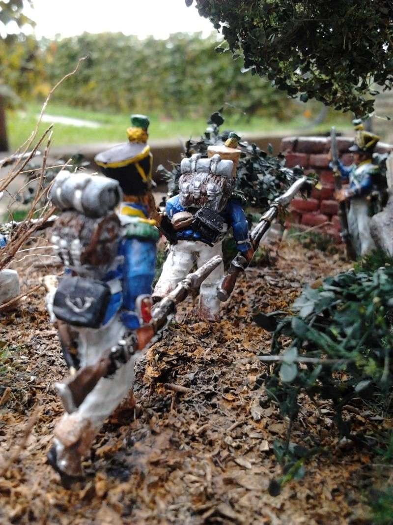 Projet diorama des combats à la ferme Hougoumont de Waterloo - Page 2 2012-111