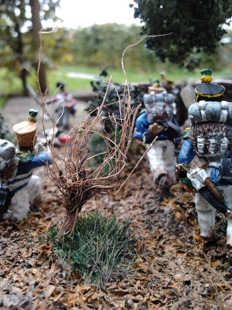 Projet diorama des combats à la ferme Hougoumont de Waterloo - Page 2 2012-112