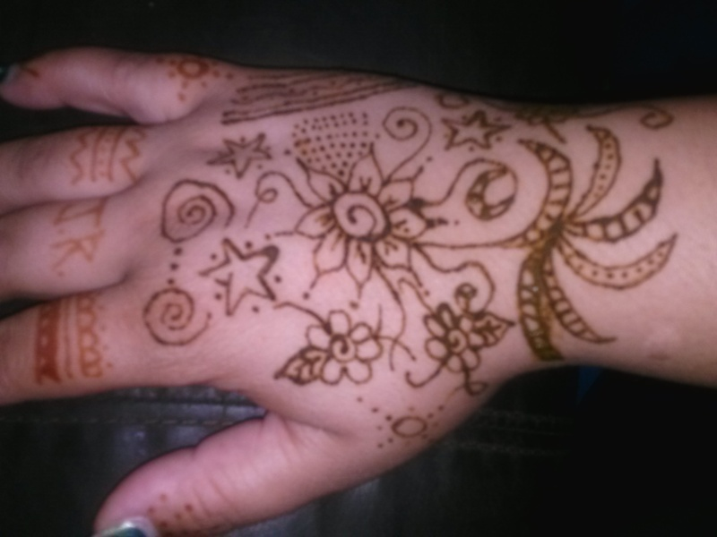 Fallen in love with henna! pic heavy Cam00414