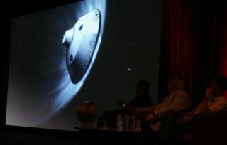 11 août 2012 - Premières Images de Curiosity - Cité des Sciences et de l'Industrie à Paris Img_9410