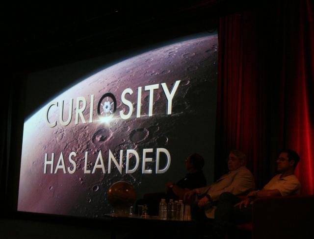 11 août 2012 - Premières Images de Curiosity - Cité des Sciences et de l'Industrie à Paris Img_9412