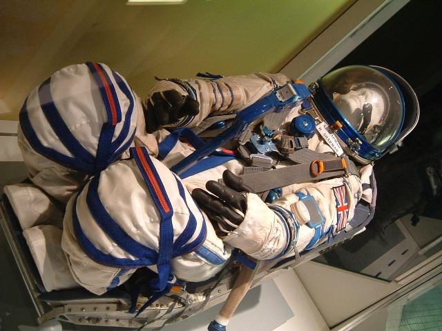 Combinaison d'Helen Sharman - Soyouz TM-12 - Première anglaise dans l'espace - 1991 Leices10